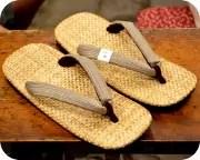 パナマ草履に縦縞柄麻花緒