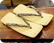 籐表雪駄にニシキヘビ革花緒