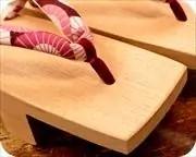 相三味に蛇の目傘柄花緒 前壷