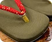 倉敷帆布草履にクローバー柄印伝花緒 前壷