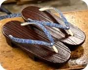 木目塗り都に蜻蛉柄印伝花緒