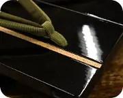胡麻竹ライン張り真角に二石花緒 前壷