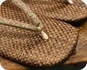 茶パナマ草履に蜻蛉柄印伝花緒 前壷