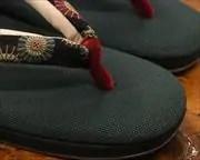 帆布草履に蛇の目傘柄花緒 前壷