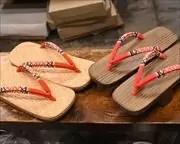籐網代草履と焼き砥の粉芳町のお揃い花緒