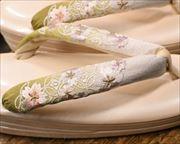 2の3枚芯本革草履に刺繍花柄花緒 花緒